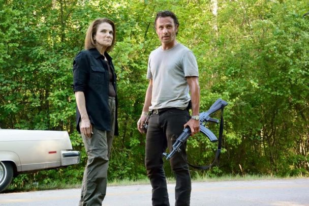 Tovah Feldshuh on The Walking Dead set with Andrew Lincoln